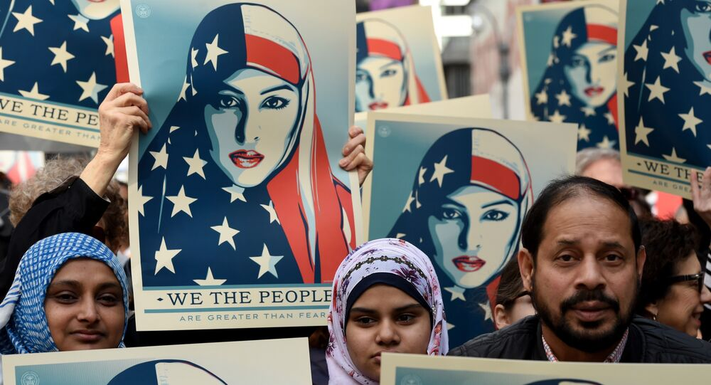 New York: manifestation contre l'islamophobie sur Times Square