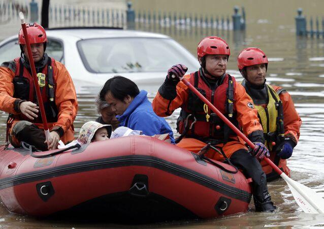 La Californie en proie à de violentes inondations, des milliers de personnes évacuées