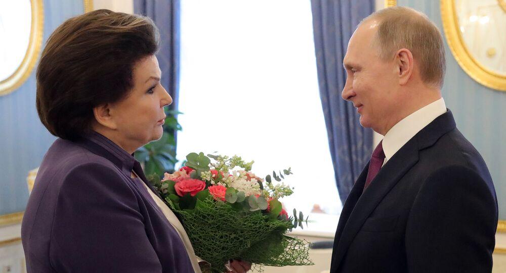 Valentina Terechkova et Vladimir Poutine