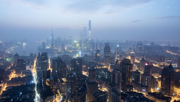 This picture taken early on September 9, 2016, shows the financial district of Pudong in Shanghai - Sputnik France