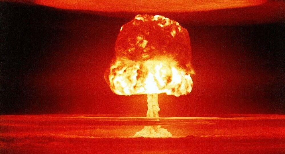 L'explosion d'une bombe nucléaire. Image d'illustration