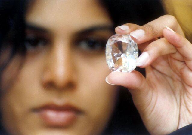 51 M EUR pour les boucles d'oreilles les plus chères du monde