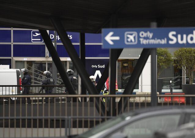 Une opération de police en cours à l'aéroport d'Orly