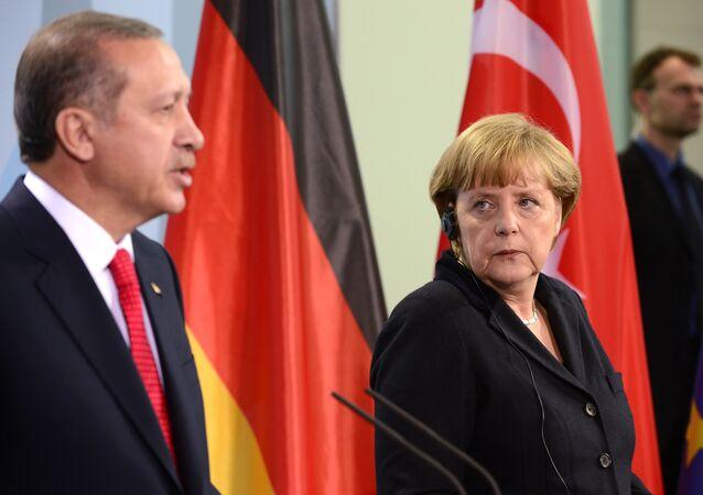 Recep Tayyip Erdogan et Angela Merkel