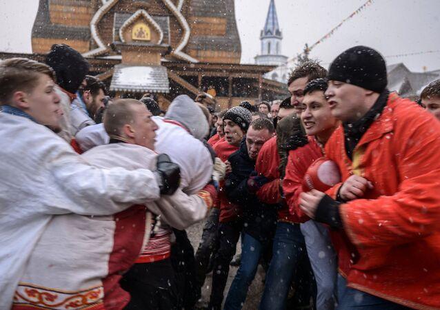 La fête de la Maslenitsa à Moscou