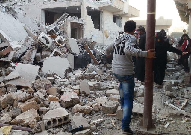Ruines à Raqqa. Archive photo