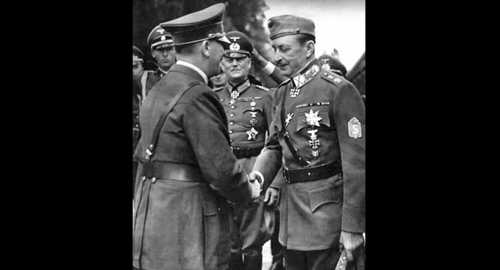 Adolf Hitler et Carl Gustaf Emil Mannerheim