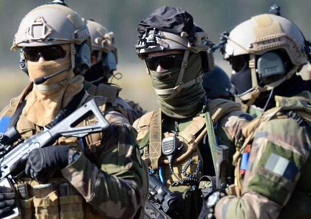 Militaires français