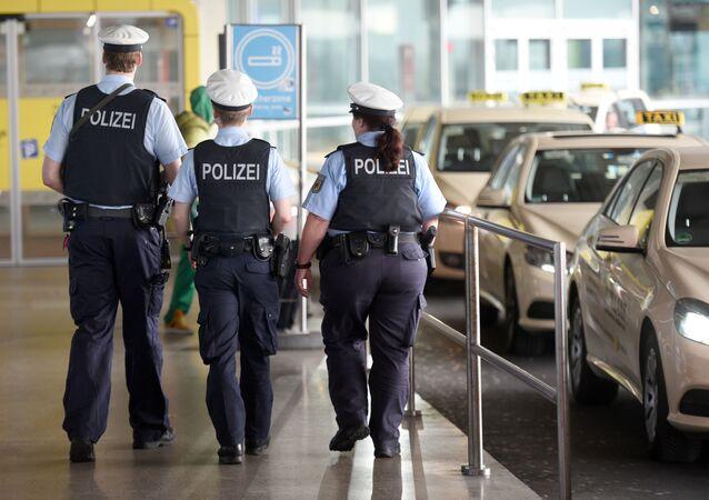 Colis suspect à l'aéroport de Cologne-Bonn: 500 personnes évacuées