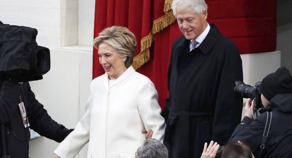 «Tu as perdu!», pourquoi Bill et Hillary Clinton se disputent