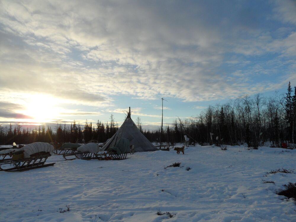 Visite chez les aborigènes de la toundra de Yamal