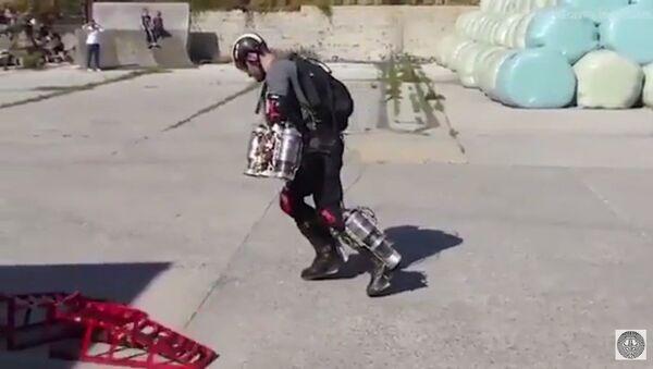 Richard Browning invente un costume d'Iron Man - Sputnik France