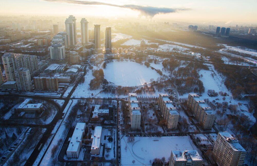 Vue sur le complexe résidentiel «Vallée Setoun » à Moscou