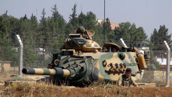 L'armée turque près de la frontière syrienne  - Sputnik France