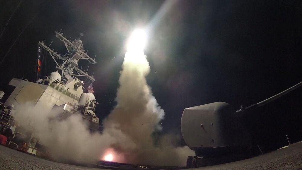 Frappe US contre une base aérienne syrienne
