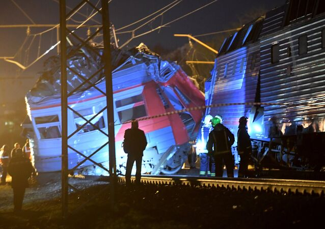 A long-distance train had collided with a suburban train without passengers in western part of Moscow.
