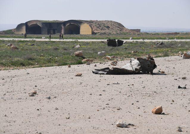 Frappe US contre la base aérienne de Shayrat en Syrie
