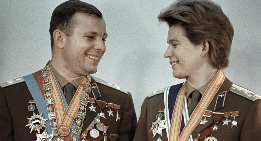 Youri Gagarine et Valentina Terechkova