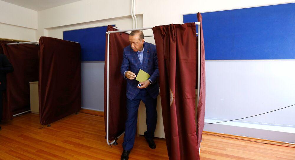 Moscou sur le référendum: c'est «une question de souveraineté de la République de Turquie»