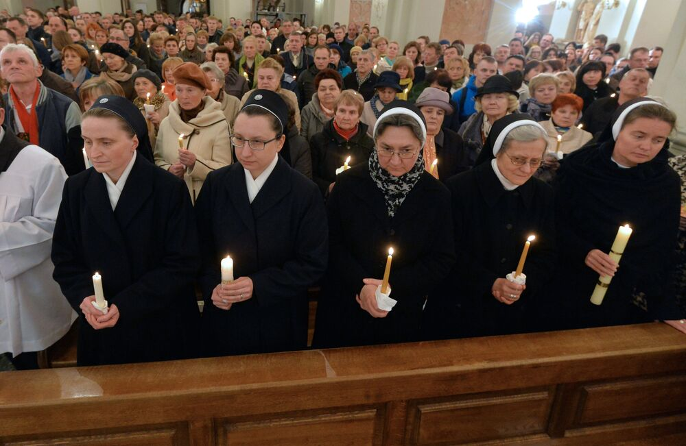 La fête de Pâques catholique dans le monde