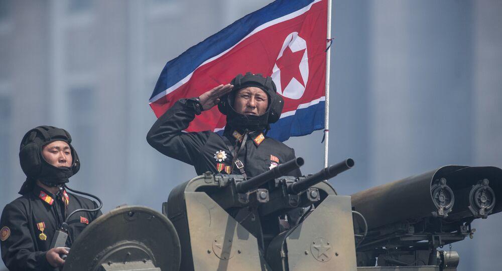 le grand défilé militaire nord-coréen