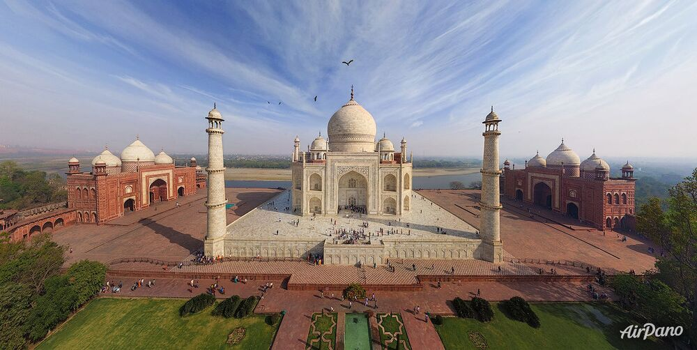 La mosquée-mausolée du Taj Mahal en Inde
