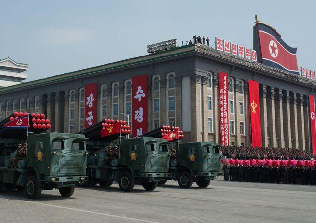 Pyongyang envoie des tracts à Séoul pour annoncer le succès des tirs de missiles