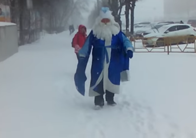 Le Père Noël d'avril