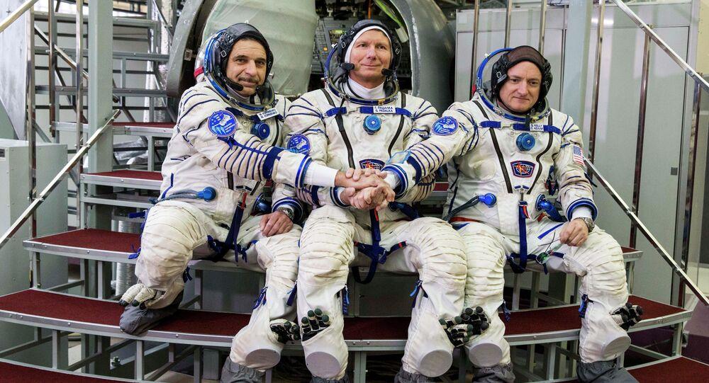 Mikhaïl Korniyenko, Guennadi Padalka et Scott Kelly