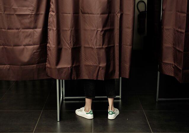 Présidentielle: à Annonay, on a voté à l'aveugle