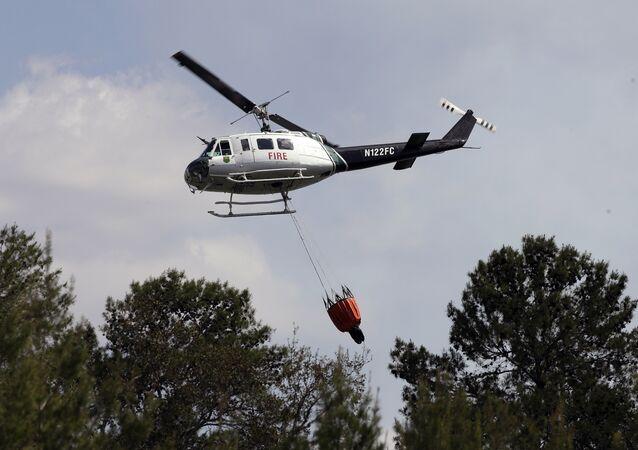 Un hélicoptère anti-incendie en Floride