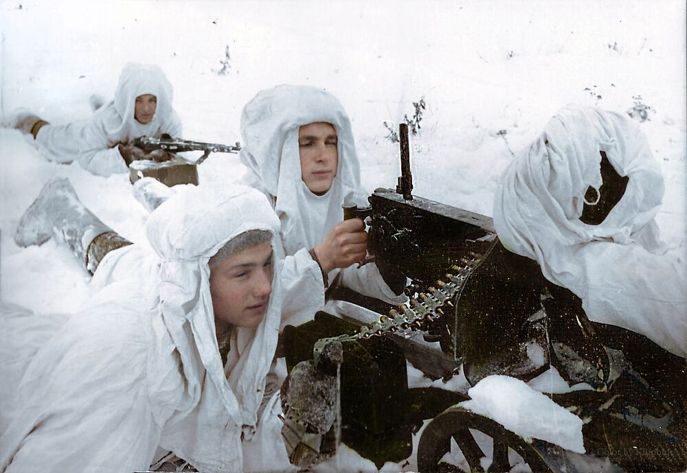 Des mitrailleurs soviétiques