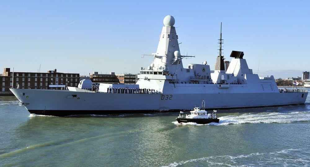 Un navire de la Royal Navy