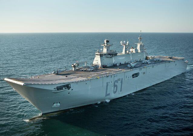 Le porte-hélicoptères amphibies d'assaut Juan Carlos I