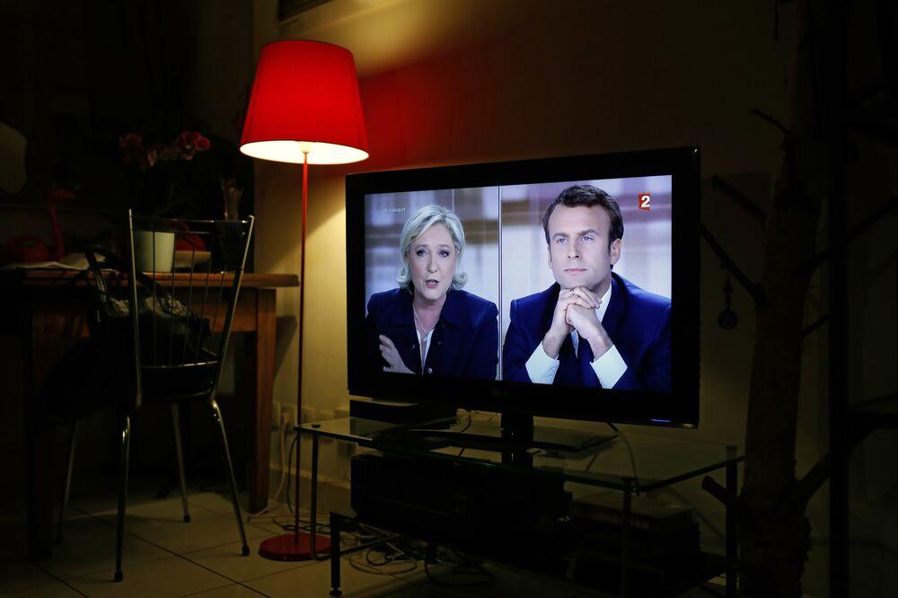 Un duel en direct : les débats Macron – Le Pen trois jours avant les présidentielles