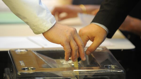 Les Français aux urnes pour élire leur nouveau président - Sputnik France