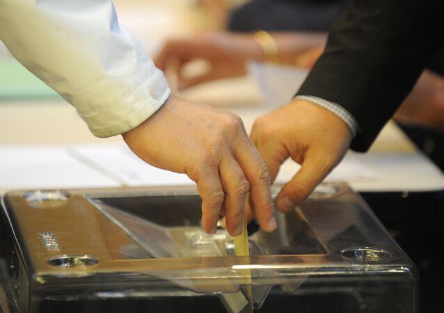Les Français aux urnes pour élire leur nouveau président, image d'illustration