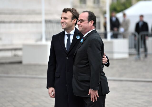 Emmanuel Macron et François Hollande, image d'illustration