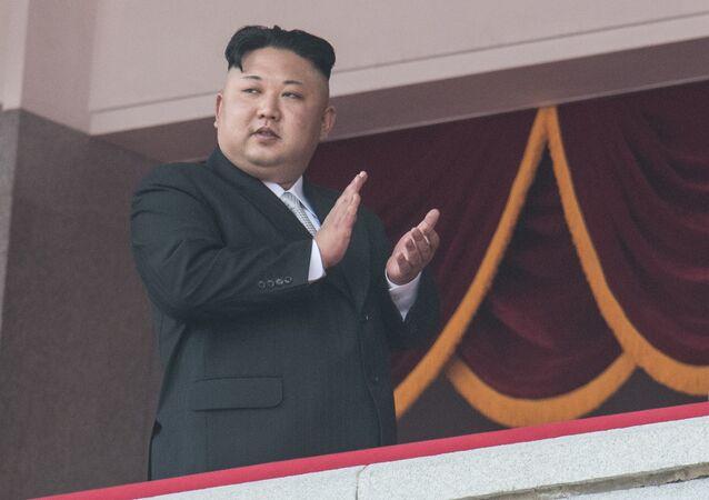 Kim Jong-un ordonne de produire plus d'ogives de missiles balistiques intercontinentaux
