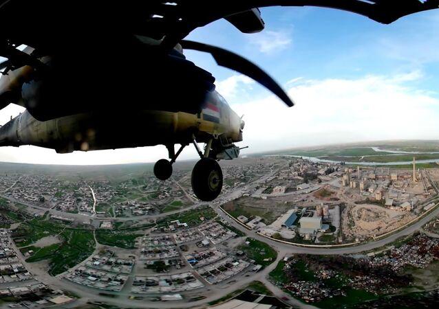 Британский телеканал опубликовал уникальное видео полета Ми-28