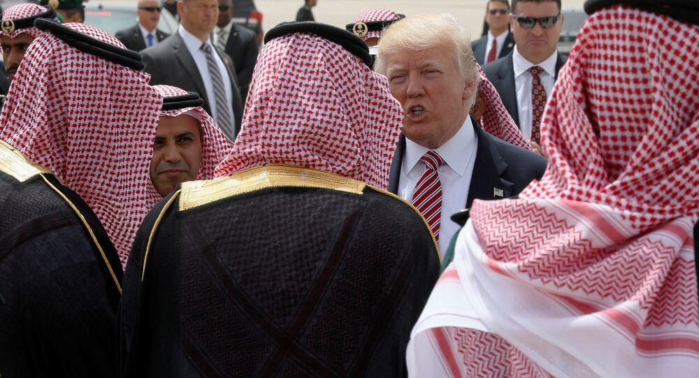 Pas de manifestation contre Trump en Arabie: le secrétaire US du Commerce fasciné