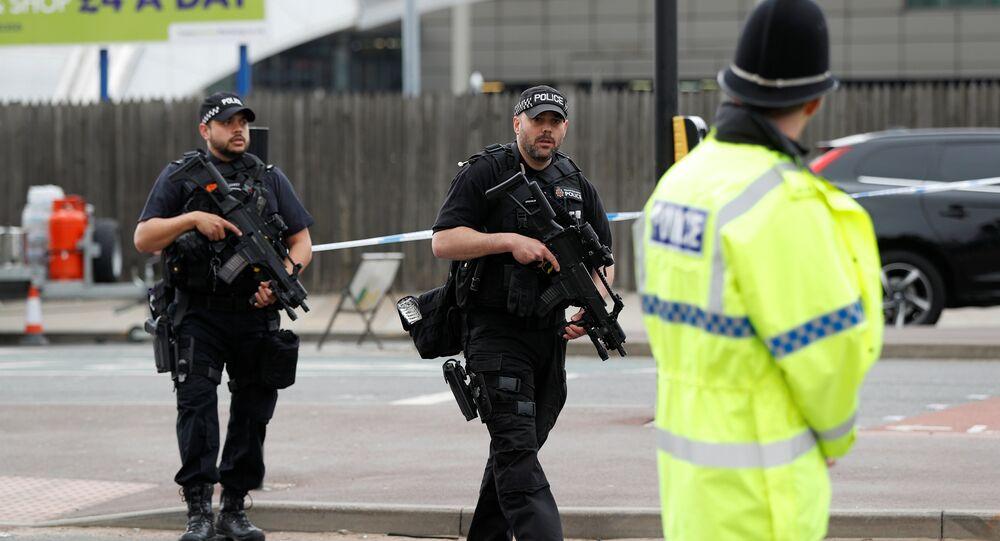 Attentat de Manchester: la police évoque un réseau terroriste