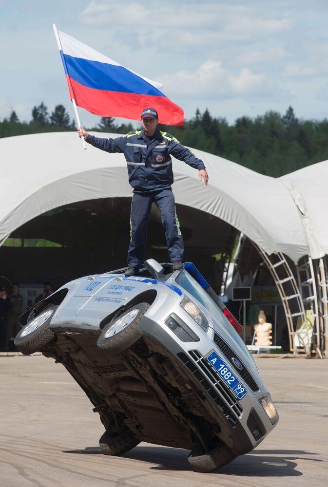 Les technologies de pointe des forces de l'ordre russes en action
