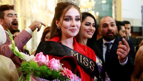 La lauréate et les participantes au concours de beauté Miss Irak 2017 - Sputnik France