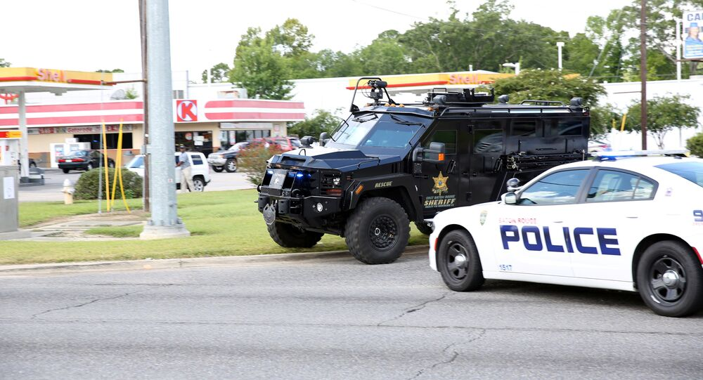 La police américaine bloque une route