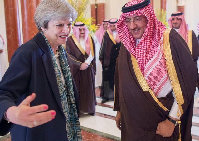 Le prince saoudien Muhammad bin Nayef et le Premier ministre britannique Theresa May
