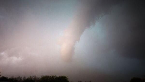 une tornade (image d'illsutration) - Sputnik France