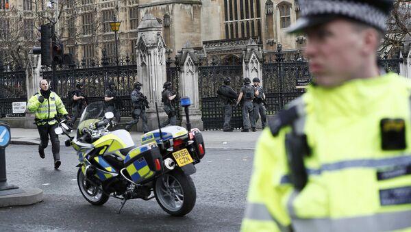 La police à Londres après l'attaque de London Bridge - Sputnik France