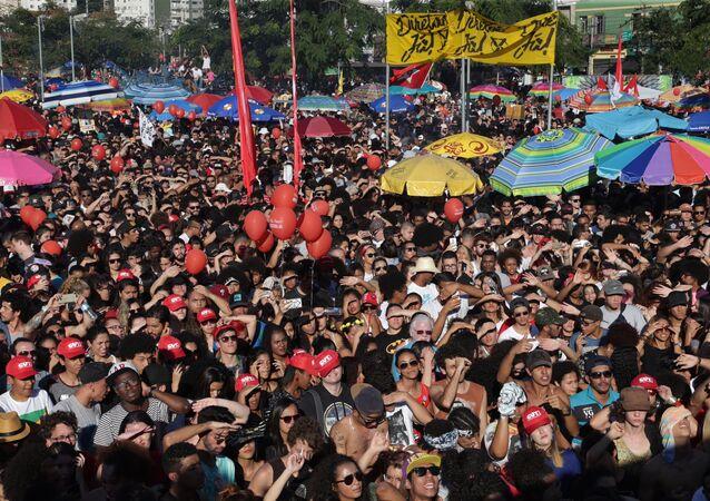 Manifestants au Brésil