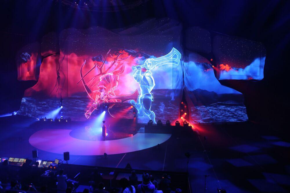La cérémonie d'ouverture du tournoi EPICENTER au Palais des Glaces VTB, à Moscou.